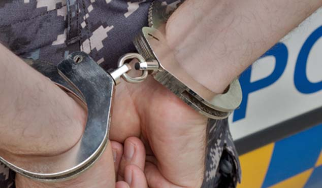 The Johannesburg Metropolitan Police Department (JMPD) is cracking down on corruption with the arrest of a driver's licence examiner, who allegedly accepted a bribe from a learner driver.