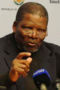 Rural Development and Land Reform Minister Gugile Nkwinti says youth and women empowerment will feature high on his department's agenda in the coming years.