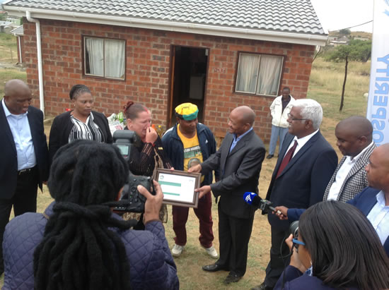 Sithembile Housing Project beneficiary Michelle Goosen was overcome by emotion as she got her certificate confirming her ownership of the house. KZN Premier Senzo Mchunu and Human Settlements ME C Ravigasen Pillay officiated at the housing hand-over ceremony in Sithembile Township Glencoe. They were also joined by Endumeni Mayor Thulani Mahaye and Ward 3 Councillor Lungile Mbele.