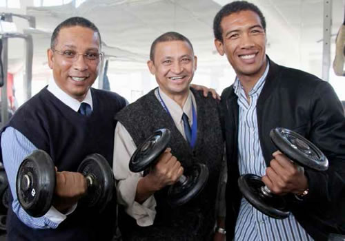 Ivan Meyer, Principal of Bishop Lavis High School, Kevin Sonn and Future Crew Ambassador Ashwin Willemse opened the gym.
