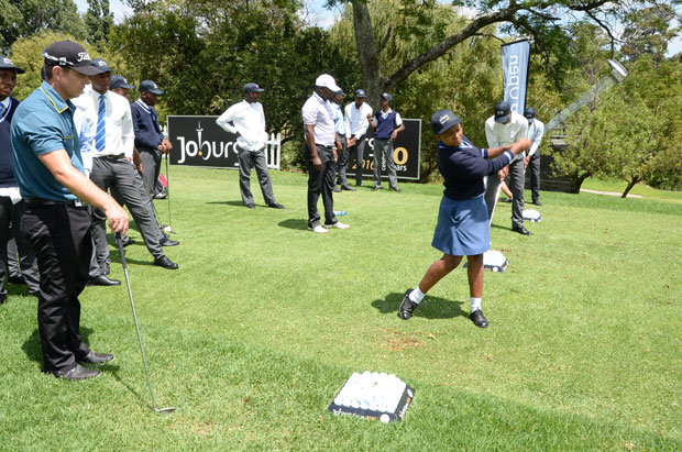 Young people from Alexandra High School got a chance to be mentored by some of the best golfers that took part in the 2016 Joburg Open.