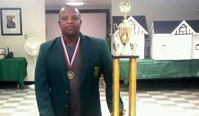 Africa's first World Draughts Champion Lubabalo Kondlo is sharing his passion for the game with South Africans.