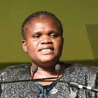 Minister of Communications Faith Muthambi has stressed the importance of developing the relationship between government and community broadcasters.