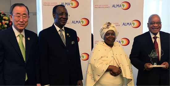 President Jacob Zuma seen here with (left) UN Secrectary-General Ban ki-moon, the new African Union (AU) Chairman Chad Derby and AU Chairperson Dr Nkosazana Dlamini Zuma.