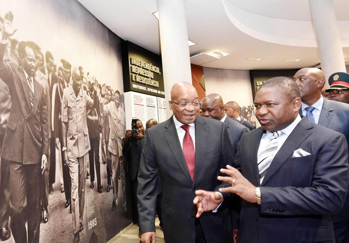 President Jacob Zuma and Mozambique President Filipe Nyusi during a tour of the Matola Memorial Monument and Interactive Centre.