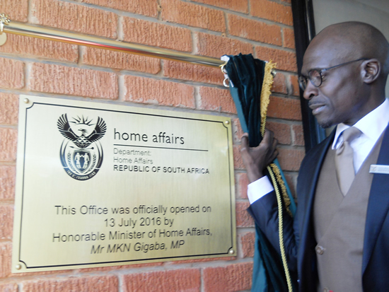 Minister Malusi Gigaba during the opening of a new Home Affairs office in Thaba Nchu.