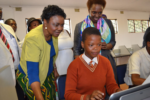 Deputy Minister of Telecommunications and Postal Services Professor Mkhize, connecting a school in Hluhluwe, KZN.