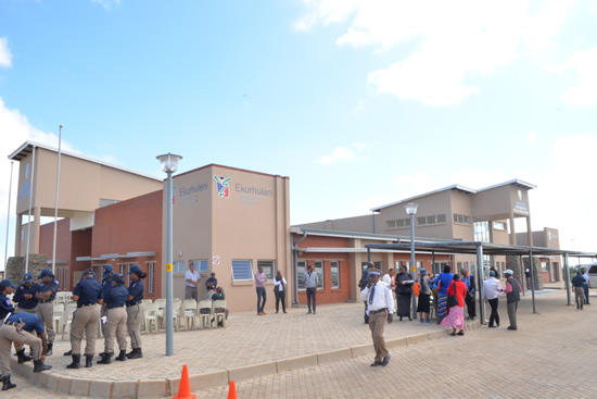 The Ekurhuleni Metropolitan Police precinct will ensure that the SA Police Service, community and the Ekurhuleni Metropolitan Police fight crime together.