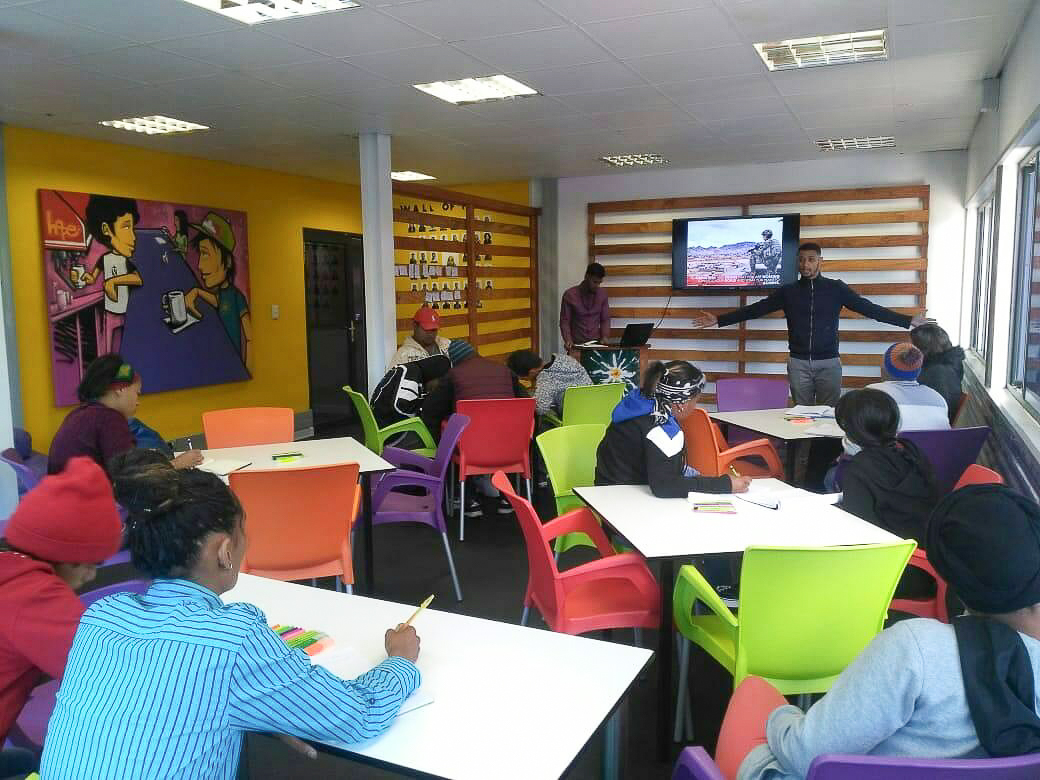 Youth Cafés provide access to information for Western Cape youth.