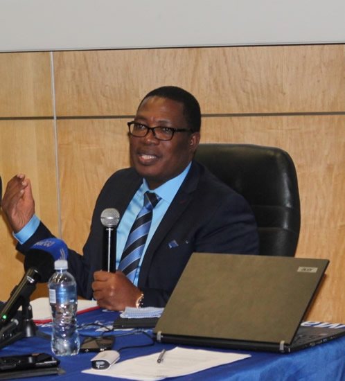 Gauteng MEC for Education Panyaza Lesufi explains the online admissions system.