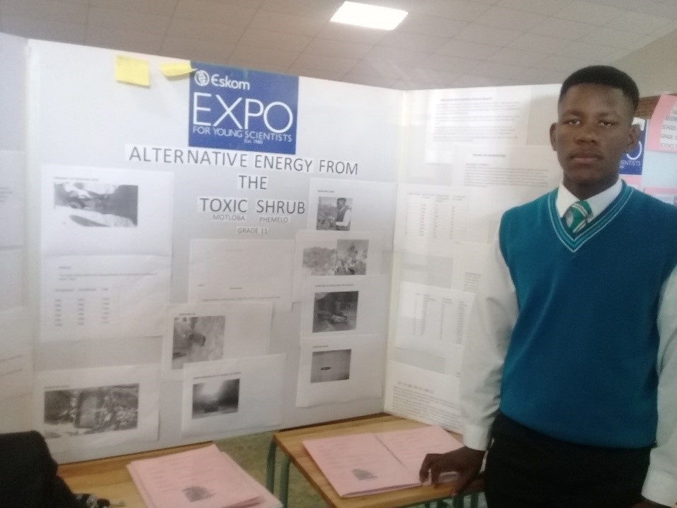 Phemelo Motloba will represent the North West at the International Science Fair.