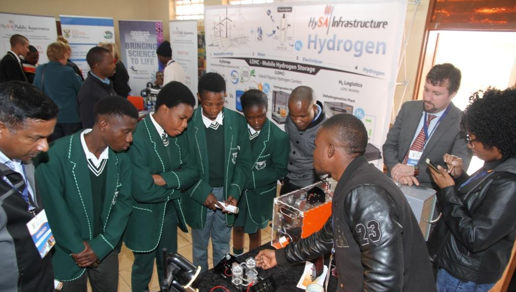Learners from Poelano Secondary welcomed the technology which will ensure that the school has electricity.