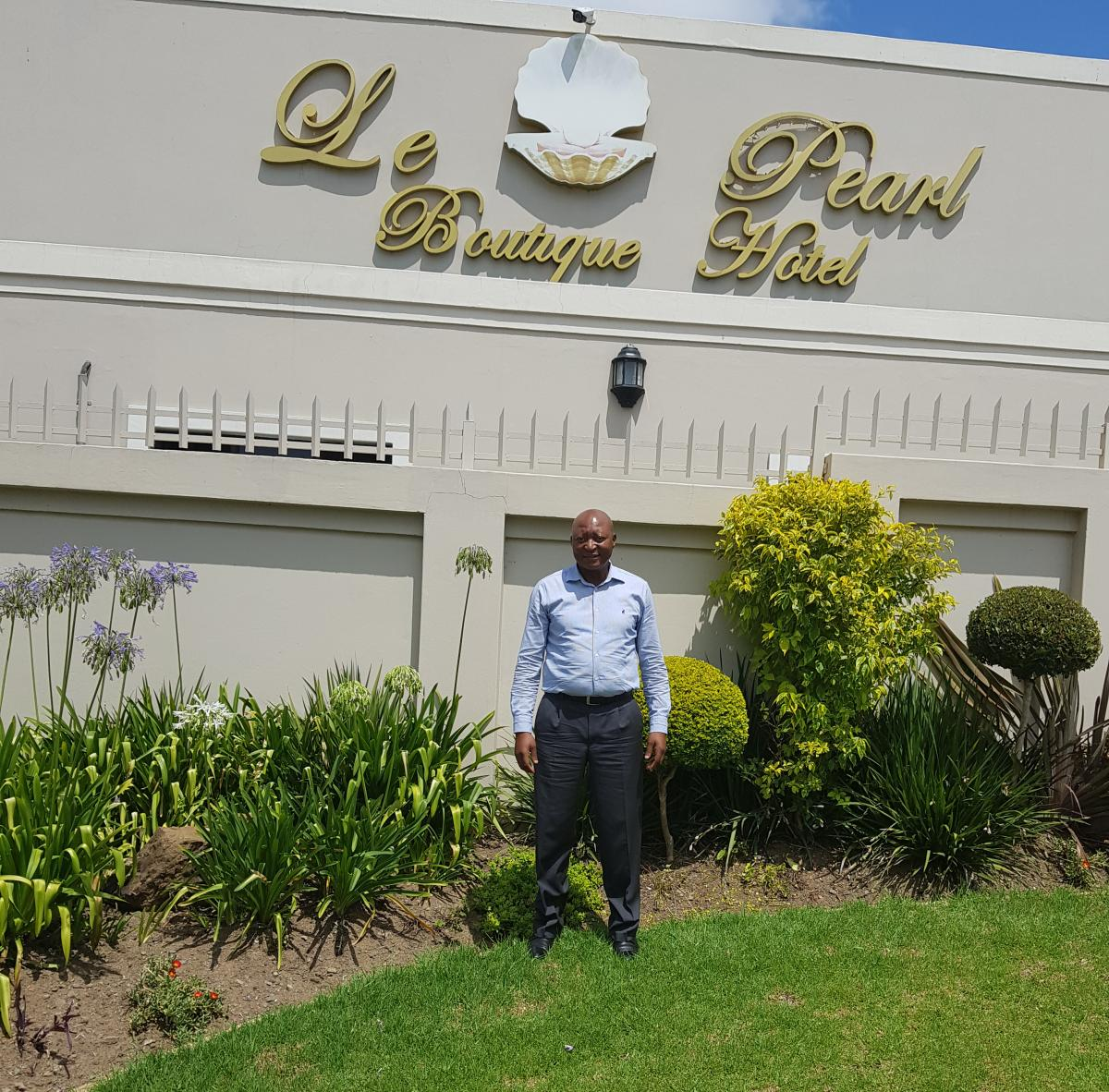 Mkhululi Kubukeli is making waves in the hospitality industry in Mthatha, by running a luxurious hotel and creating jobs in his community.