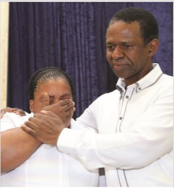 KwaZulu-Natal Health MEC, Dr Sibongiseni Dhlomo, comforts new nurse Nompumelelo Majola, whose mother recently passed away.