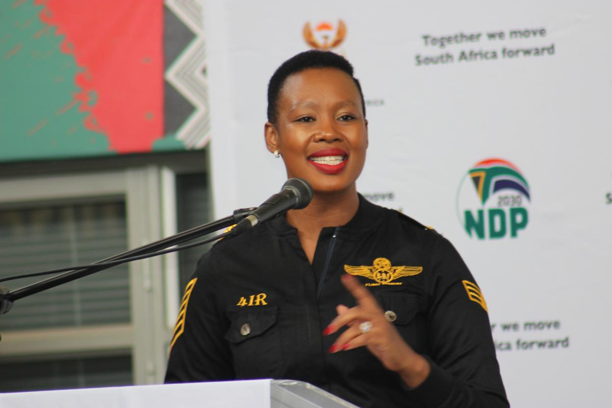 The Minister of Communications, Telecommunications and Postal Services, Stella Ndabeni-Abrahams addresses delegates at the 4IR engagement session.