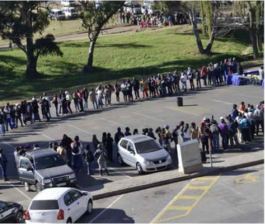 The snaking queues continued on the last day of the Ekurhuleni Job Summit and Career Exhibition held in Alberton, an indication of a desperation to find employment. The Ekurhuleni Metropolitan Municipality invited jobless Ekurhuleni youth to the three-day meeting to expose them to entrepreneurial opportunities in the government and private sectors.