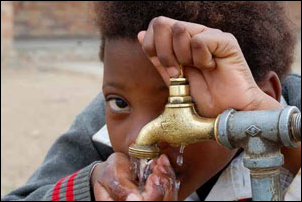 More and more South Africans now have access to safe drinking water thanks to government's efforts.