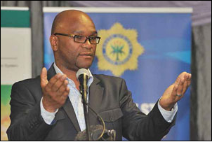 The then Police Minister Nathi Mthethwa has instructed police to step up the fight against drugs in the country.